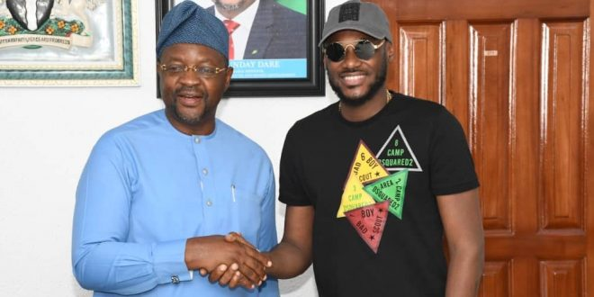 "Tuface Visits Sports Minister, Sunday Dare, Holds ""20 Years A King Concert"""
