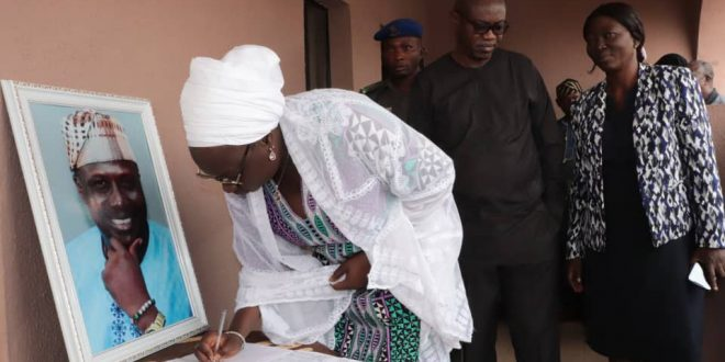 OGSG Describes Late Diji Akinhanmi As A Thorough Bred Professional, Pays Condolence Visit To Deceased Family